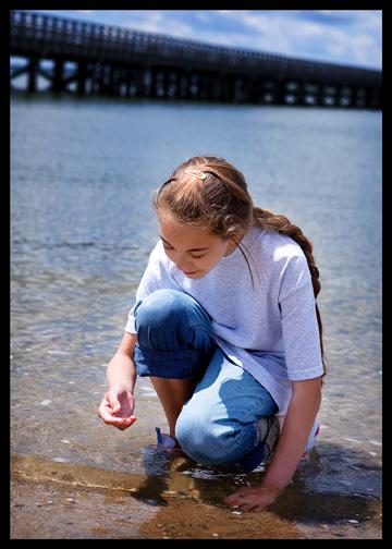 8_girl-tide-pooling