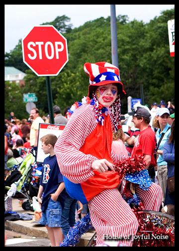 american-clown-at-4th-of-july-parade