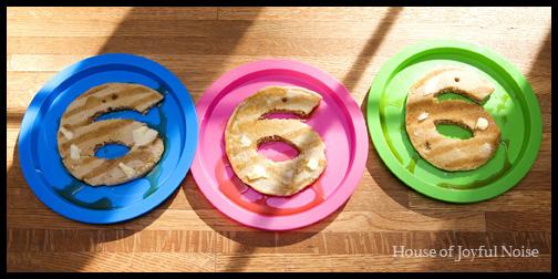 number-6-pancakes
