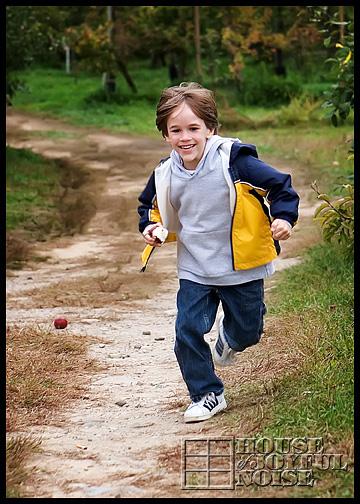13_boy-running
