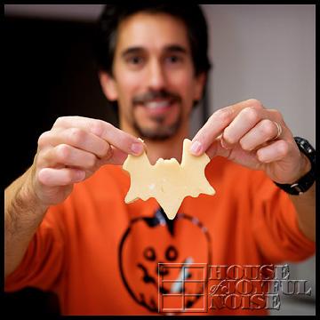 bat-cookie-dough