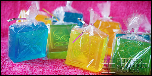 homemade-glycerine-soap-gifts_1