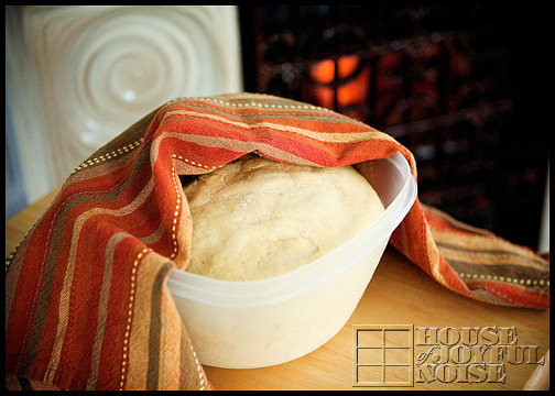 3_photos-of-making-homemade-bread
