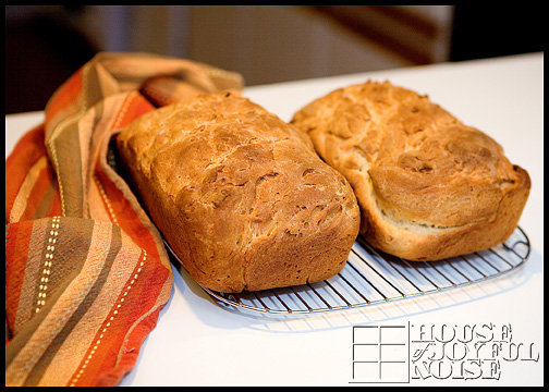 9_photos-of-making-homemade-bread