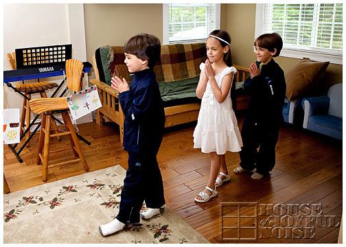 1_catholic-kids-pretend-procession