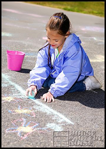 4_kids-sidewalk-chalk-art