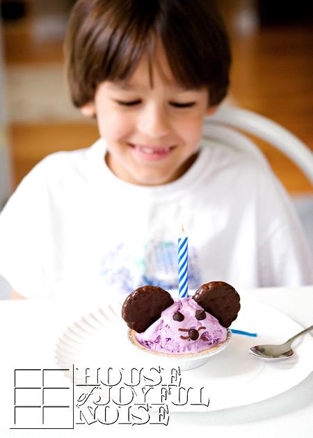 tripets' birthday cake