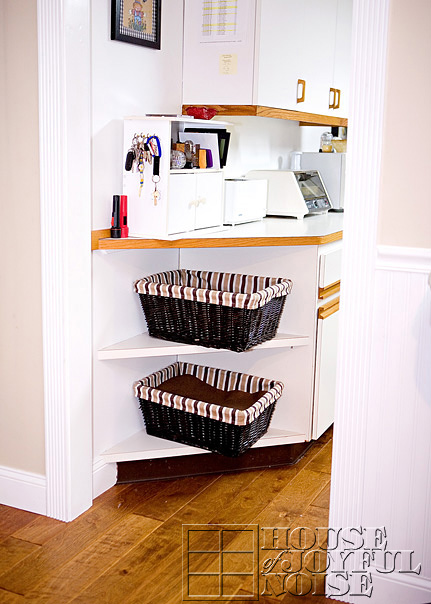 7_corner-shelves-repurposed