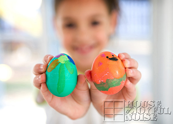 creative-egg-decorating-1