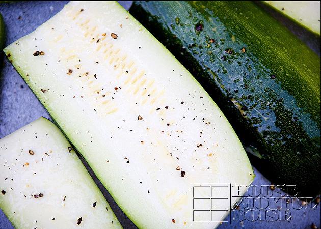 07_sliced-zucchini-squash