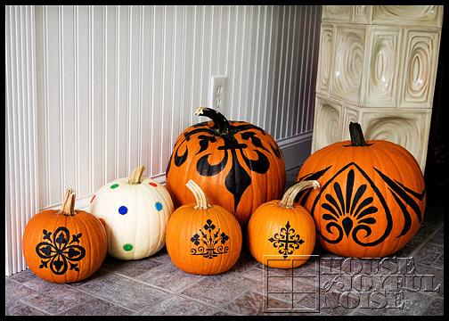 decorated-pumpkins