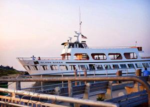 marthas-vineyard-ferry-island-queen-2