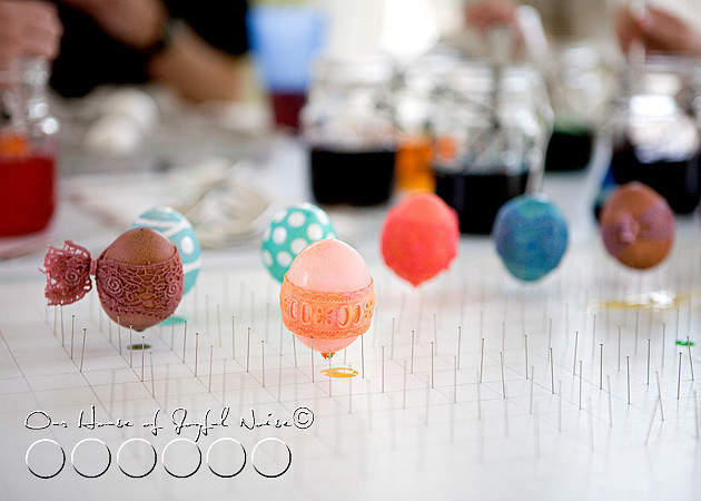 creative-egg-dyeing-ideas-photos-17