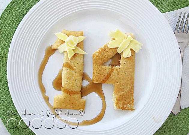 004_birthday_pancakes
