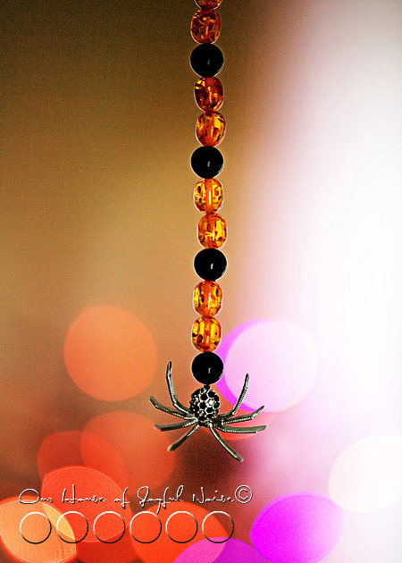 020_halloween-fan-pull-spider