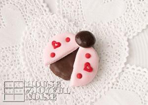 valentine-ladybug-cookies-12