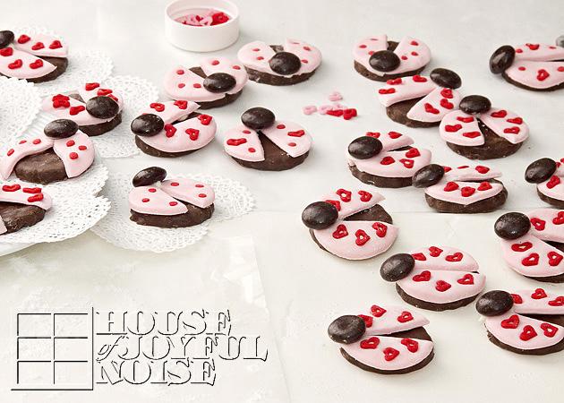 valentine-ladybug-cookies-17