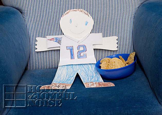 008_flat-stanley-superbowl-party