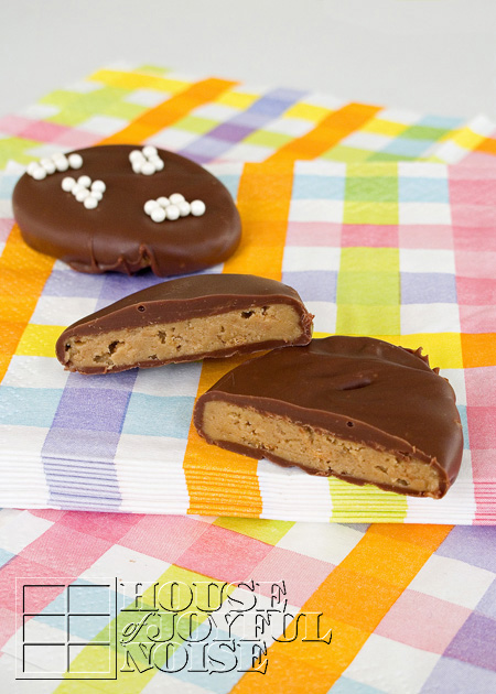 sunbutter-eggs-alternative-to-reeses-peanut-safe-alternative-16