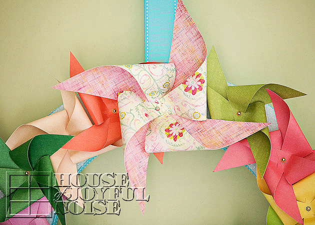 017_pinwheel-wreath