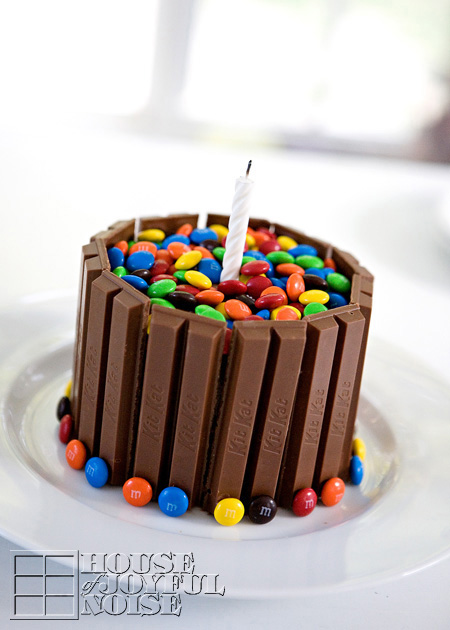 006_kit-kat-m-and-m_cake