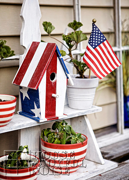 1_painted-american-birdhouse