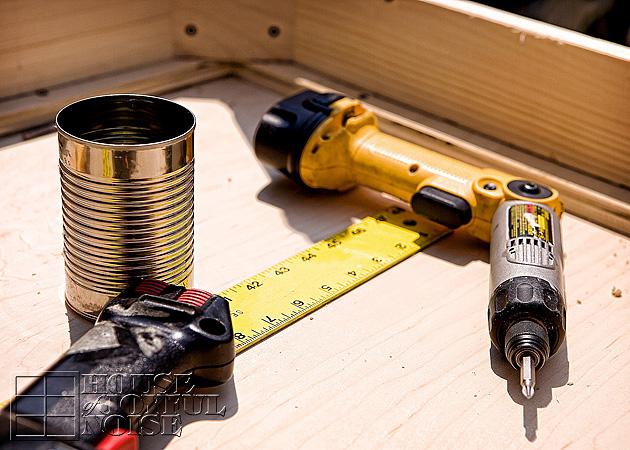 002_carpenter-tools