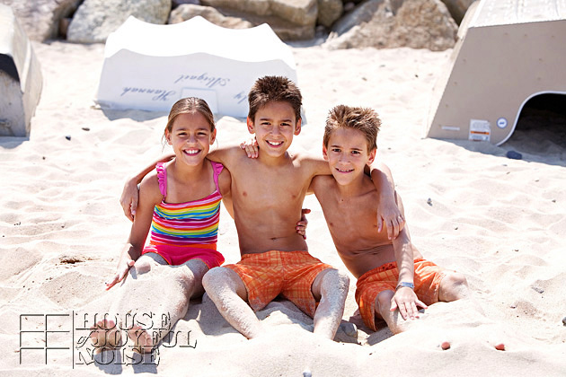 triplets-10th-birthday-beach-9