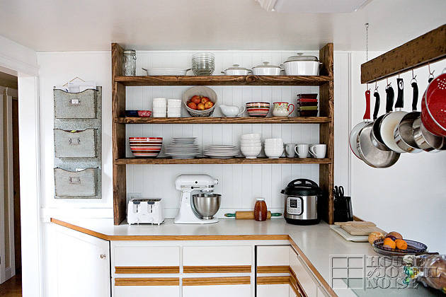 open farmhouse kitchen shelving