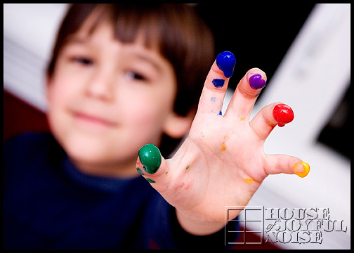 finger-painting-fingers