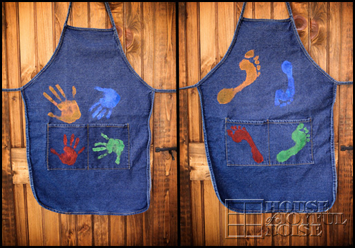 handprint-footprint-aprons-homemade-gifts-from-kids_00