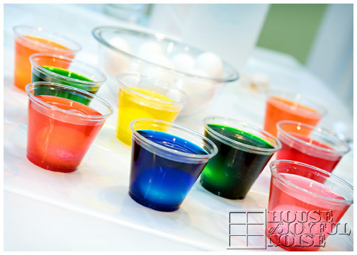 cups-of-dyeing-easter-eggs