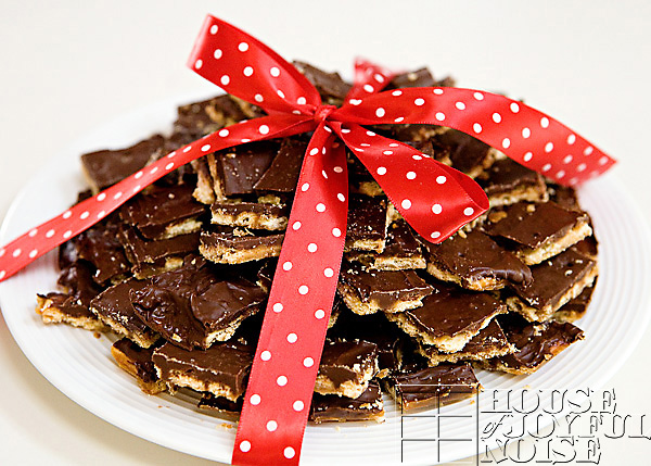 soda-cracker-toffee-recipe-14