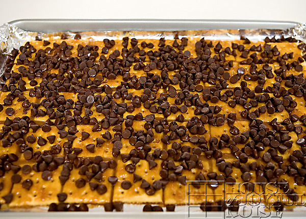 soda-cracker-toffee-recipe-9
