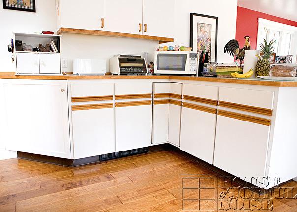 17_kitchen_cupboards_lower