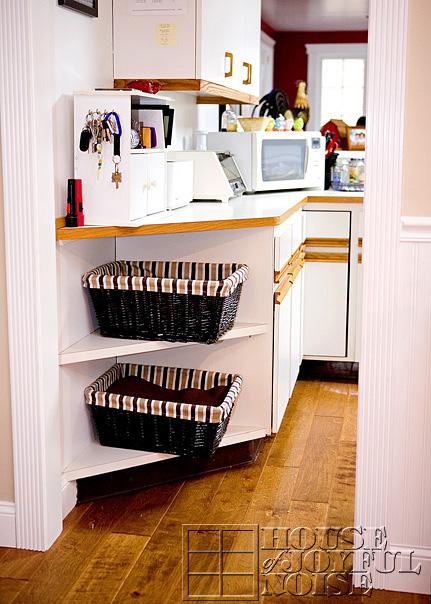 6_corner-shelves-repurposed