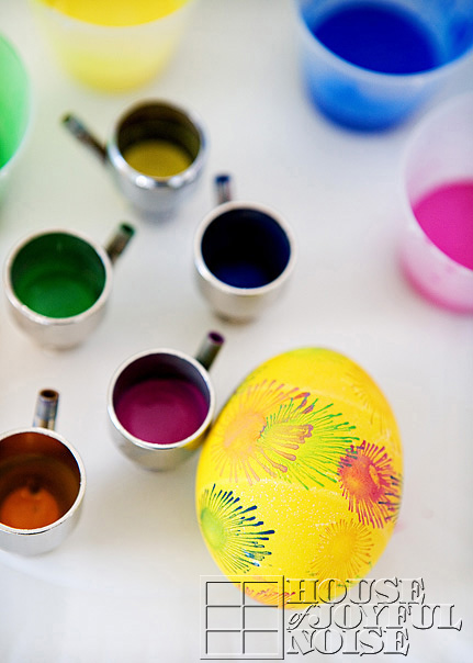 creative-egg-decorating