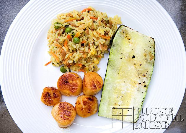 12_scallops-zucchini-rice-dinner