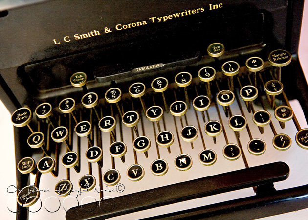 old-typewriter-5
