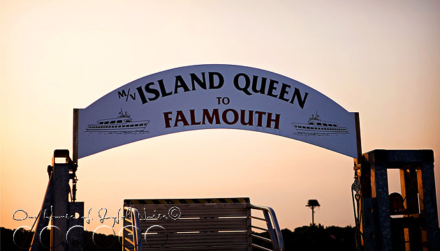 marthas-vineyard-ferry-island-queen