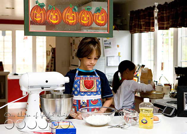 homeschooling-kids-in-the-kitchen-1