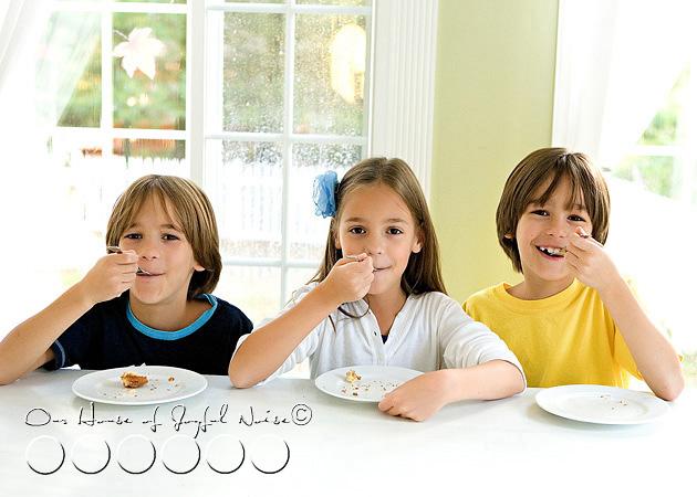 homeschooling-kids-in-the-kitchen-15