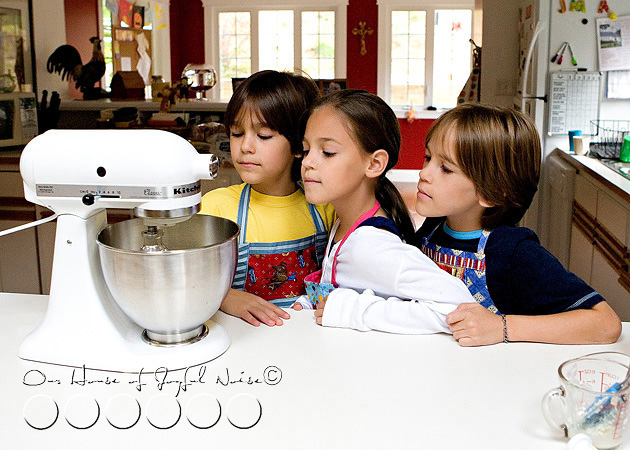 homeschooling-kids-in-the-kitchen-7
