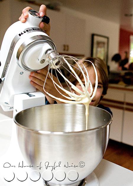 homeschooling-kids-in-the-kitchen-8