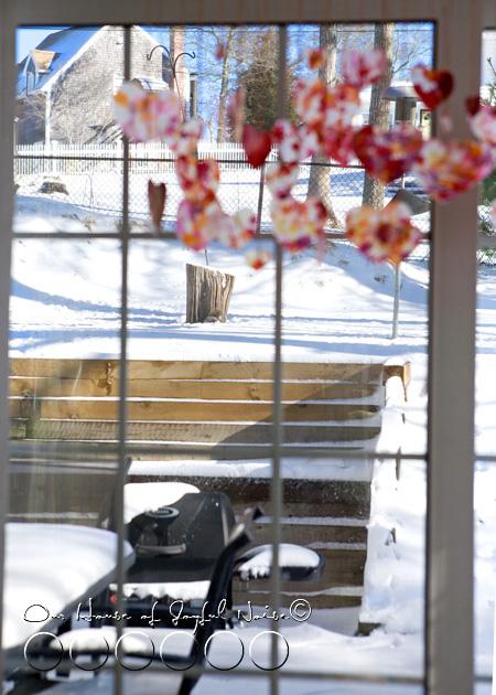 heart-strings-valentines-craft-27