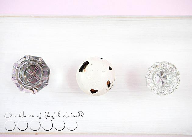 old-doorknobs-jewelry-organizer-holder-5