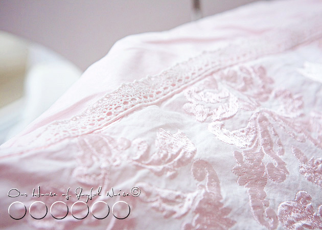 shabby-chic-pillow-home-decor-3