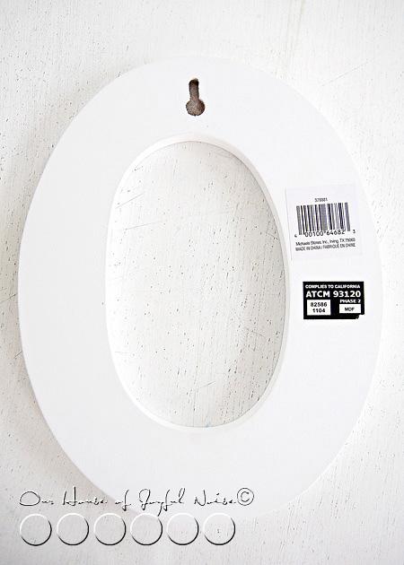 decorative-wall-art-initial-modge-podge-3