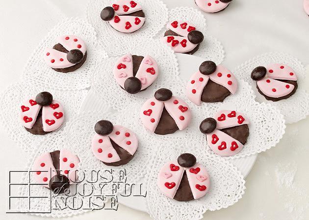 valentine-ladybug-cookies-18