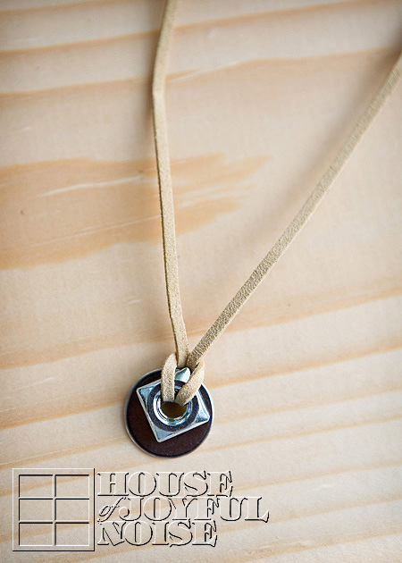 005_boys-hardware-necklace-accessories